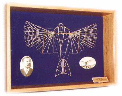 Lilienthal small wingbeating apparatus of 1893. The model is shown in its display case and limited to 100 pieces.